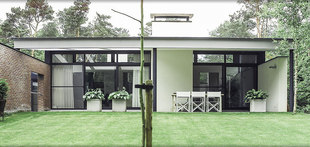 Babs appels moderne villa for Interieur villa moderne